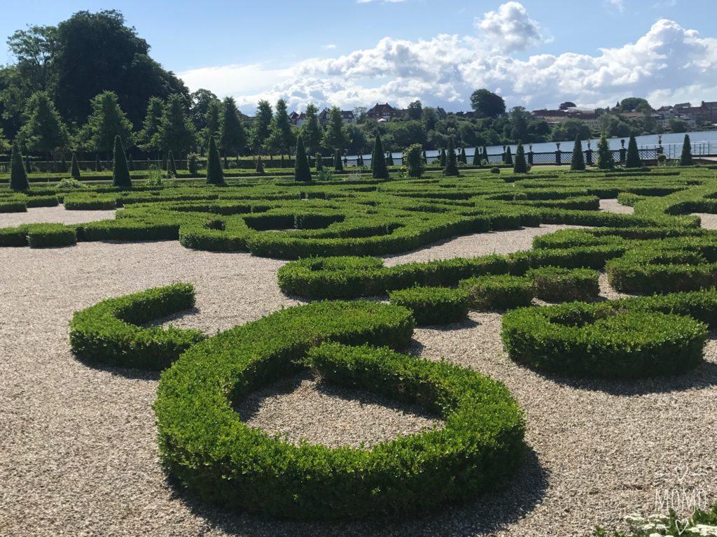 フレデリクスボー城 庭