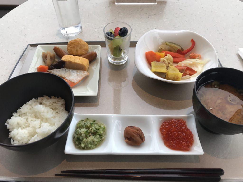 メトロポリタン 朝食