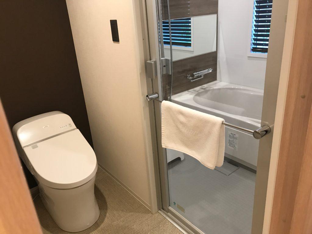 金沢 雨庵 浴室
