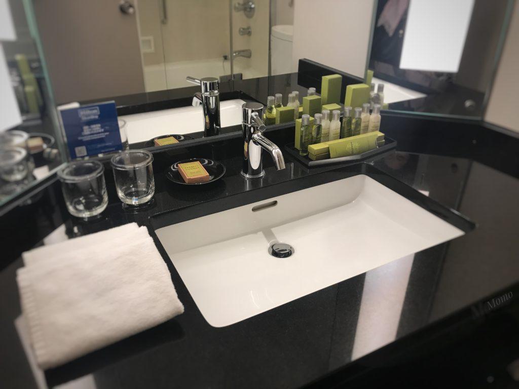 ヒルトン東京 洗面台