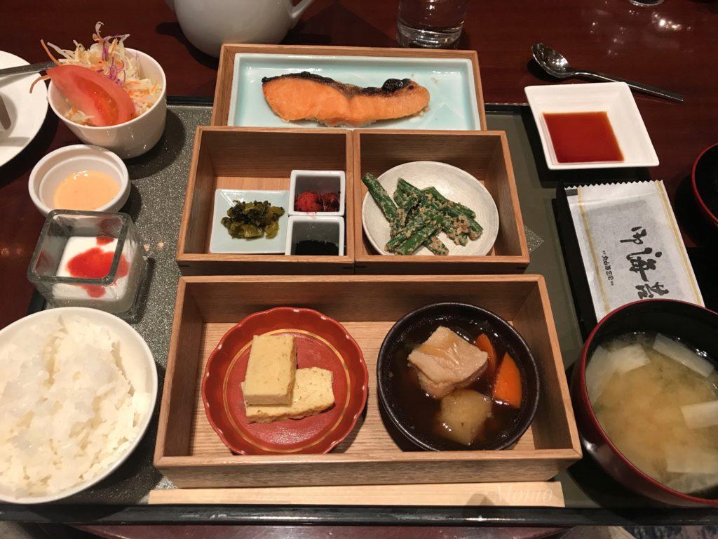 ヒルトン東京 朝食 和食