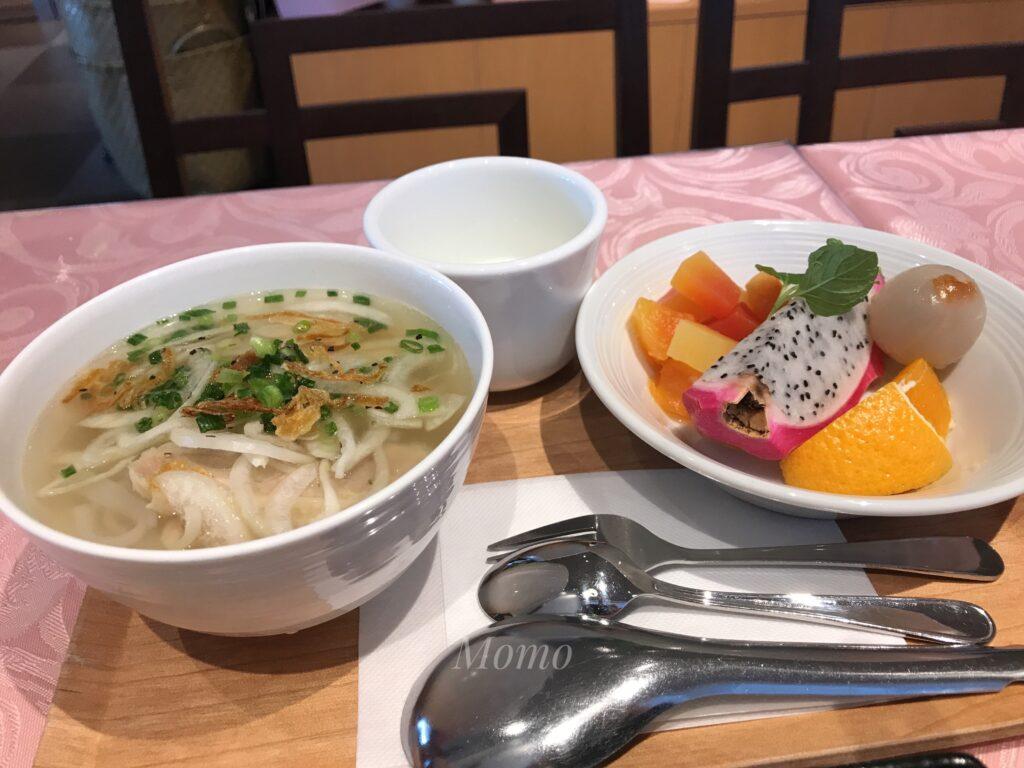 レムプラス銀座 朝食 フォー