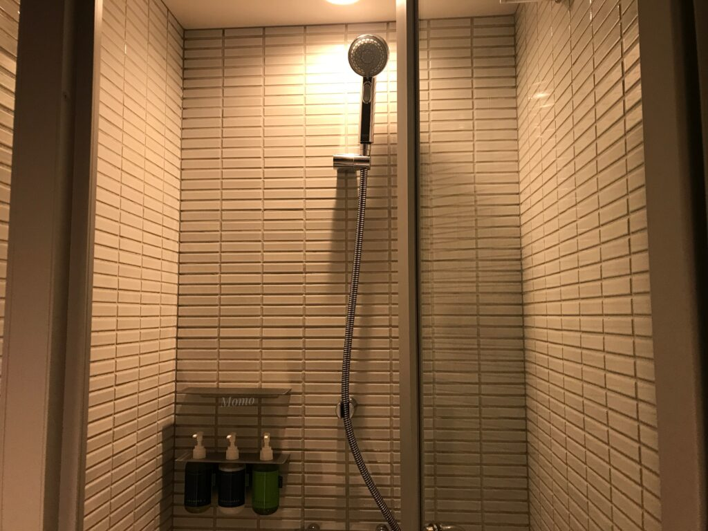 由縁 新宿 シャワーブース