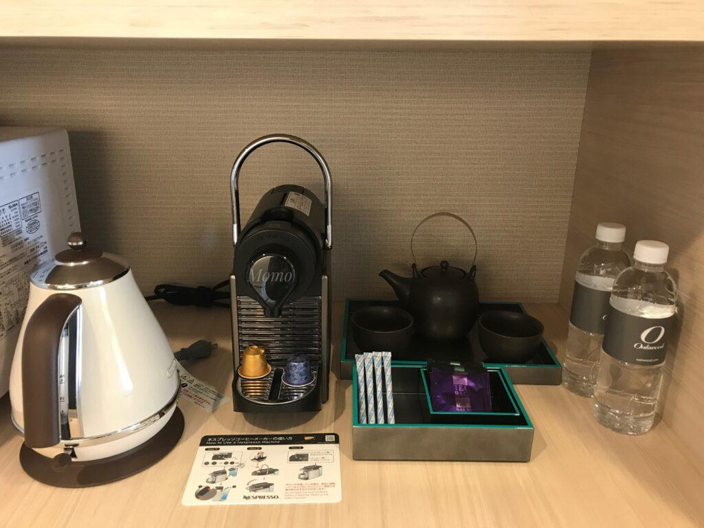 オークウッドスイーツ横浜 コーヒーメイカー ミネラルウォーター