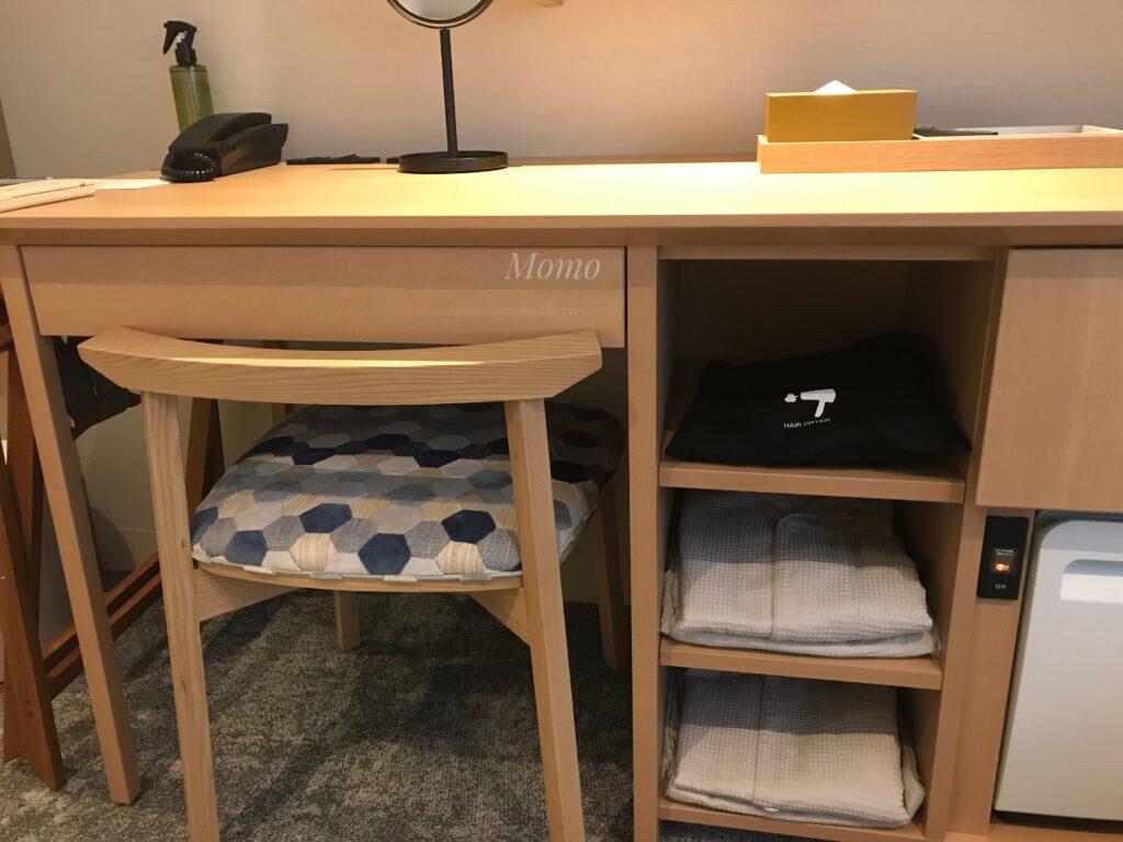 レフ京都byベッセルホテルズ デスク 椅子