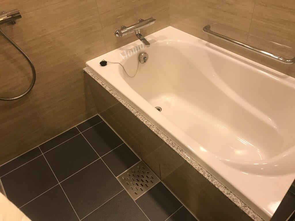 ザロイヤルパークキャンバス京都二条 浴槽 シャワー