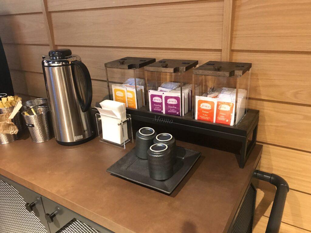 モクシー京都二条 朝食 紅茶