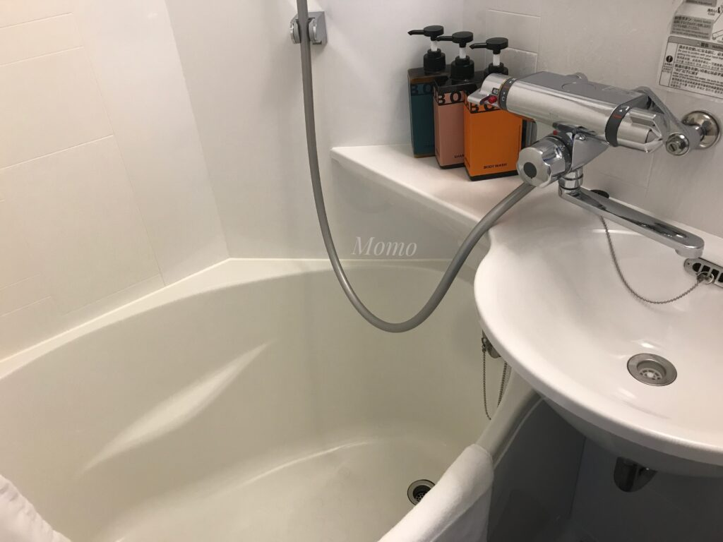 ランダバウト東京 浴室 シャワー