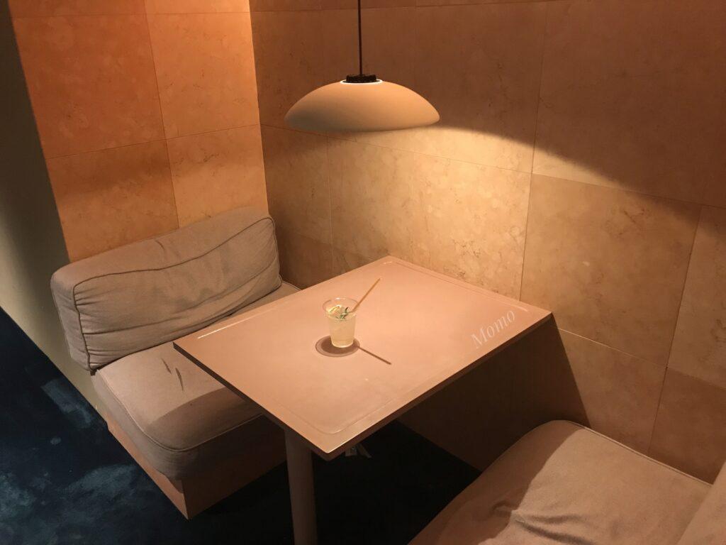 DDDホテル カフェ バー