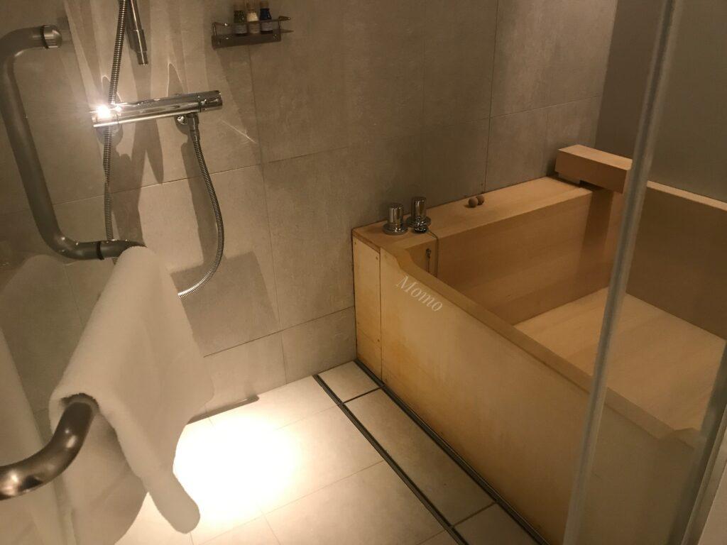 東京 ホテル 檜風呂 客室